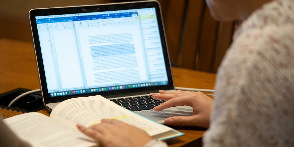 Student studying at Bucknell Writing Center